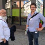 Max Zeidler führte uns sogar an einer öko-sozialen Bank vorbei